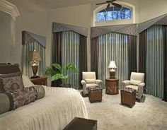 Whether you're looking for elegant draperies, covered valances, or a simple swath of fabric, we have window treatment ideas that will complement every room in the house. Corner Window Treatments, Unique Window Treatments, Window Treatments Living Room, Window Coverings, Valences For Windows, Bedroom Windows, Dining Room Curtains, Fancy Curtains, Modern Windows