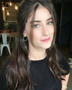 Turkish Women Beautiful, Turkish Beauty, Stylish Girls Photos, Stylish Girl Pic, Girl Pictures, Girl Photos, Girl Pics, Cute Emo Girls, Feriha Y Emir
