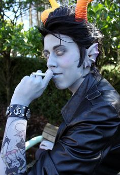 let's just get one thing straight, if I ever meet a Cronus cosplayer in real life there is a 200% chance I will try to make out with them.