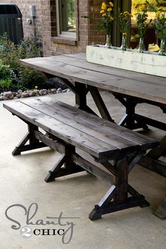 DIY Furniture : DIY Bench Farmhouse Style except it should have tha5 long drink holder built in