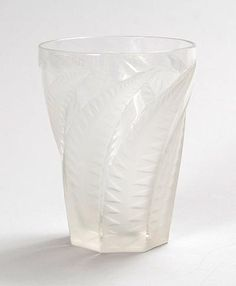 Clear glass water goblet Hespérides No.1 with etched decoration of leaves design R.Lalique 1931 executed by Lalique / France