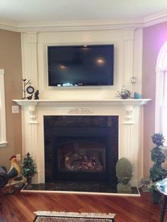 Mendota DXV45 gas fireplace with prairie doors, Ivory quartz stone ...