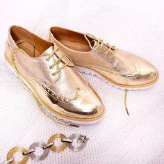 leskle-damske-poltopanky-v-zlatej-farbe Men Dress, Dress Shoes, Red Pumps, Derby, Oxford Shoes, Lace Up, Gold, Spring, Women