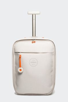 AirBag: Lightweight Carry-on by Michael Young for Zixag - Design Milk Travel Luggage, Luggage Bags, Travel Bags, Kids Luggage, Trolley Case, Animal Bag, Travel Accessories, Travel Style, Fashion Bags