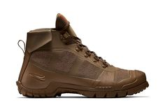 Inspired by founder Bill Bowerman's service in World War II is the brand new SFB Mountain from Nike Sportswear. Built for rugged terrain, the design adopts the Swoosh's aggressive SFB sole unit and fe...