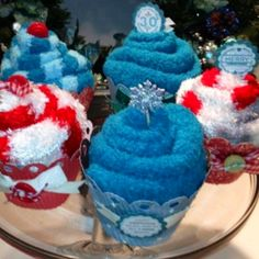 Holiday Spa Sock Cupcakes.....yeah those are socks not frosting. Easy peesy
