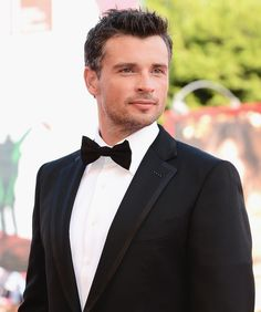 Also, has anyone else noticed that Tom is actually James Bond now. | Why Being Single Is The Best Thing That's Ever Happened To Tom Welling