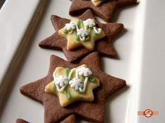 Biscuiti pentru Craciun Gingerbread Cookies, Sugar, Desserts, Food, Facebook, Food Food, Gingerbread Cupcakes, Tailgate Desserts, Deserts