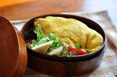 Omuraisu bento -rice in an omelet