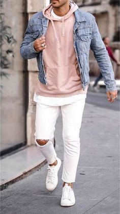 15 Easy Mens Fashion Casual Tricks For A Sharper Look Why mens fashion casual matters? Because no one likes to look boring! But what are the best mens fashion casual tips out there that can help you […] Cool Outfits For Men, Outfits Casual, Winter Outfits Men, Stylish Mens Outfits, Men Casual, Winter Clothes For Men, White Pants Outfit, Outfit Jeans, Best Mens Fashion