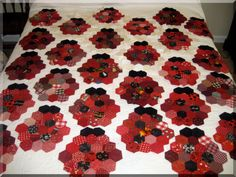 Ladybug Quilt Pattern | have always loved the Grandmother's Flower Garden quit pattern ...