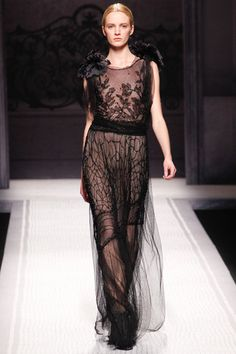 Alberta Ferretti [fall-winter 2012-2013] #AlbertaFerretti #moda #tendencias #pasarela #fashiontrends #fashioncatwalk #fw2012 #bybmagazine