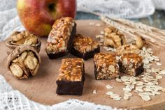 confectionery from nuts and dried fruits