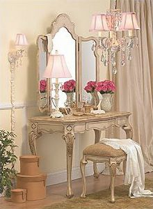 French Furniture Design Ideas - Home Interior Country Style Furniture, French Furniture, Furniture Decor, Furniture Design, Bedroom Furniture, Furniture Vanity, Furniture Vintage, Furniture Arrangement, French Country Bedrooms