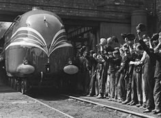 The streamlined symbol of 1930s luxury - National Railway Museum