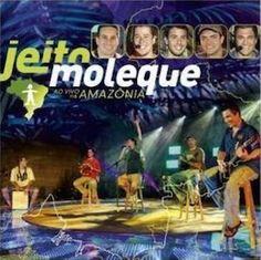 Jeito Moleque est un groupe de Pagode romantique que j'ai découvert via leur précédent Ao Vivo, Me faz feliz (2005). Je n'avais pas été franchement emballé par ce précédent album, trop Pagode, et je dois avouer que Ao Vivo Na Amazônia (2008) me plait...