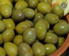 ελιές πράσινες χαραγμένες Fruit, Food, Essen, Meals, Yemek, Eten