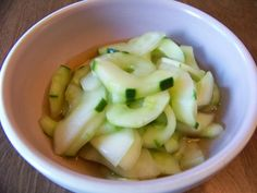Sunomono Cucumber Salad | Low Carb Yum