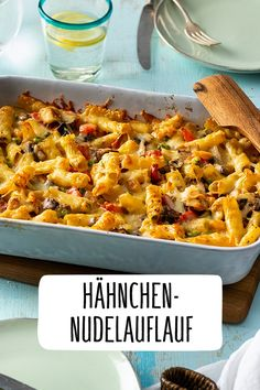 Chicken and pasta bake - Chicken noodle casserole - Healthy Casserole Recipes, Healthy Chicken Recipes, Pasta Recipes, Dinner Recipes, Breakfast Recipes, Chicken Noodle Casserole, Chicken Pasta Bake, Casserole Dishes, Cooking Dishes