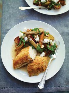 Poulet et salade de légumes rôtis au fromage de chèvre Recettes | Ricardo