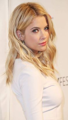 """Actress Ashley Benson attends The Paley Center for Media's PaleyFest 2014 Honoring """"Pretty Little Liars"""" at the Dolby Theatre on March 2014 in Hollywood, California. Get premium, high resolution news photos at Getty Images Hanna Marin, Pretty Little Liars, Ashley Benson Hair, Hair Inspo, Hair Inspiration, Victoria, Belleza Natural, Fair Skin, Summer Hairstyles"""