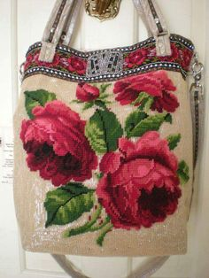 """Tapestry Tote, Miss Ditsy Rose says """"it's totes adorbs!"""" x *ephemeral emerald* Surface embroidery ideas to stitch Tapestry Bag, Tapestry Crochet, Handmade Purses, Handmade Handbags, Vintage Purses, Vintage Bags, Pochette Diy, Mochila Crochet, Diy Sac"""