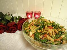 Edel's Mat & Vin : Kyllingsalat med linser, pasta & rød pesto