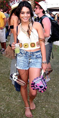 i dont even care that this is vanessa hudgens, i wanna dress like this everyday of my life.