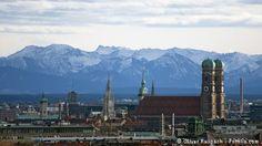Stadtsicht München mit Bergen (Oliver Raupach - Fotolia.com)