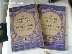 Set of 2 vintage French books  1940s Classiques by LaBelleVille