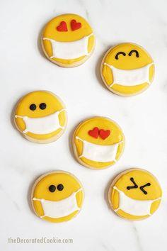 Easy To Make Cookies, Cookies For Kids, Fancy Cookies, Cut Out Cookies, Cute Cookies, Cupcake Cookies, Sugar Cookie Royal Icing, Best Sugar Cookies, Christmas Sugar Cookies