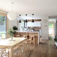 Kitchen dining - Taramea Passive House NZ by Climate House NZ Kitchen Room Design, Living Room Kitchen, Home Decor Kitchen, Kitchen Interior, Home Interior Design, Home Kitchens, Kitchen Ideas, Cuisines Design, Küchen Design