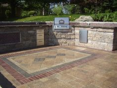 Stone is the ideal material for built in grill and food serving areas outdoors. Strong, durable, and accents your patio perfectly!