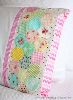 Hexie Pillowcase - A Spoonful of Sugar