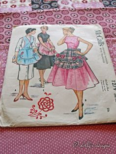 dolly's designs: 1946 Apron Pattern