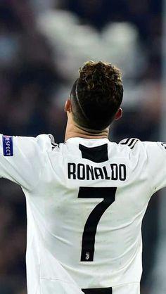 World Soccer News Cristiano 7, Cristiano Ronaldo Juventus, Fifa, Soccer Post, Cr7 Junior, Cristano Ronaldo, Boy Photography Poses, Soccer News, Champions