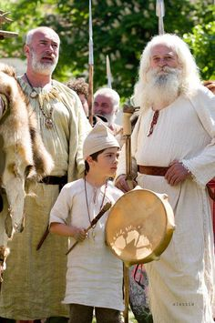© Asociatia Culturală Geto-Dacii din Moldova Moldova, Roman Empire, Fantasy Characters, Mars, Warriors, Rome, Cottage, Culture, Traditional