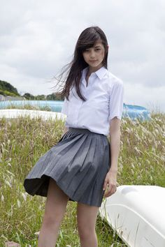 My parents made me spend the entire summer as a girl before they agreed to let me attend high school as a girl. I hope I didn't make it seem as easy and fun as it really was! Japanese School Uniform, School Uniform Girls, Girls Uniforms, Cute Japanese, Japanese Beauty, Asian Beauty, Windy Skirts, Japan Girl, Cute Beauty