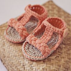 Baby Bootie Sandals - crochet pattern on Etsy