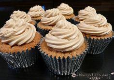 Carrot cake cupcakes #carrotcake #birthday #whiteorchidbakery