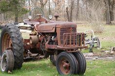 Tractor | grandpas tractor | Bryant | Flickr Farmall Tractors, Old Tractors, Antique Tractors, Antique Cars, Old Farm Equipment, Vintage Farm, Ih, Landscape, Vintage Cars