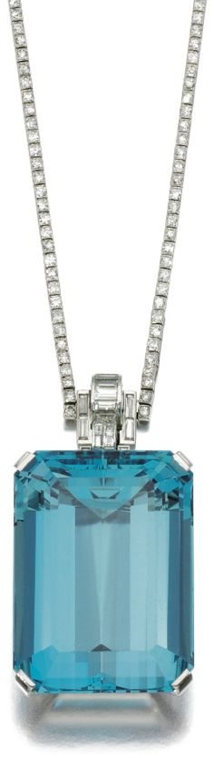 Art Deco aquamarine and diamond necklace, 1930s.  #TuscanyAgriturismoGiratola
