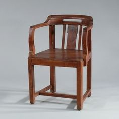 Colonial Captain's Chair antik - Colonial Captain's Chair antique #Design, #HomeDecor, #InteriorDesign, #Style, #Industrialstyle, #DiningChair