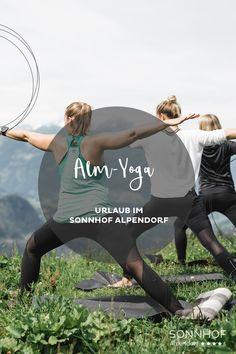 """Der Sonnhof Alpendorf hat sich voll und ganz der Muße verschrieben und bietet einen Urlaub nach dem Motto """"alles können, nichts müssen."""" So auch mit Yoga. Ausprobieren und Muße üben #salzburgerland #visitaustria #österreich #salzburg #josalzburg"""