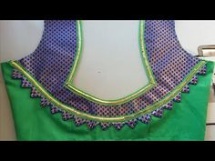 Lets learn how to stitch a very simple back neck design of a blouse. You all can try stitching the back blouse design by watching this video simultaneously. Cutwork Blouse Designs, Patch Work Blouse Designs, Simple Blouse Designs, Stylish Blouse Design, Chudidhar Neck Designs, Neck Designs For Suits, Blouse Neck Designs, Hand Designs, Blouse Styles