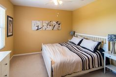 Black and white bedroom | Make this condo yours: http://coastalpremieronline.com/search.html#PropertyID=80685319 | Coastal Premier Properties