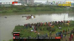 G1 - Avião da TransAsia cai em rio e deixa mortos em Taiwan - notícias em Mundo