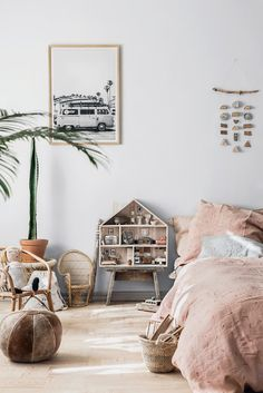 Minimuhuu – Bohemic Chic Bedding for Your Little Ones (Petit & Small) Girls Bedroom, Bedroom Decor, Bedroom Ideas, Modern Bedroom, Scandi Bedroom, Industrial Bedroom, Design Bedroom, Bedroom Lighting, Bedroom Inspo