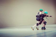 """142 Likes, 2 Comments - Chaya (@chaya_skates) on Instagram: """"Practice makes perfect 💫 #rollerderby #derby #chaya #chayaskates #chayaderby #powerslide…"""""""