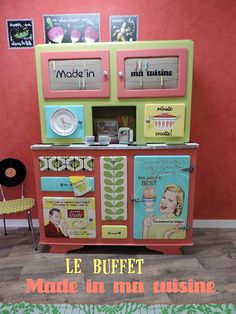 Pin on Vurdum Repurposed Furniture, Rustic Furniture, Vintage Furniture, Retro Dresser, Painted Hutch, Retro Diner, Retro Girls, Pattern Making, Home Deco